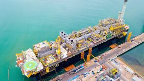 jpt-2019-11-petrobras-starts-production-from-presalt-berbigao-field-hero.jpg