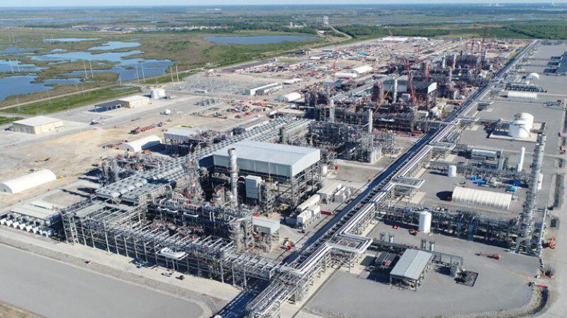 ogf-2019-08-lng-us-export-facilities-hero.jpg