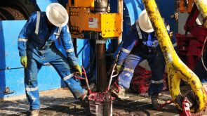 2017-drilling-boom-goes-flat-hero.jpg