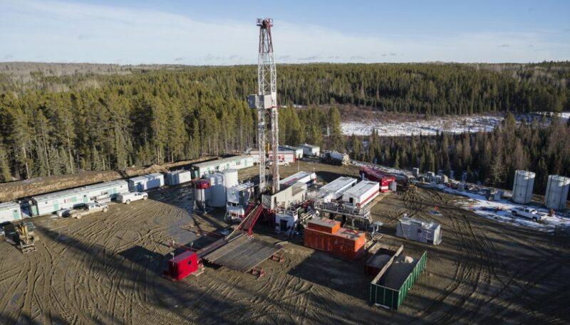 jpt-2019-11-fewer-wells-to-be-drilled-in-canada-hero.jpg