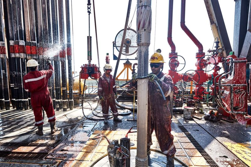 jpt_2020_adnoc_offshore2.jpg
