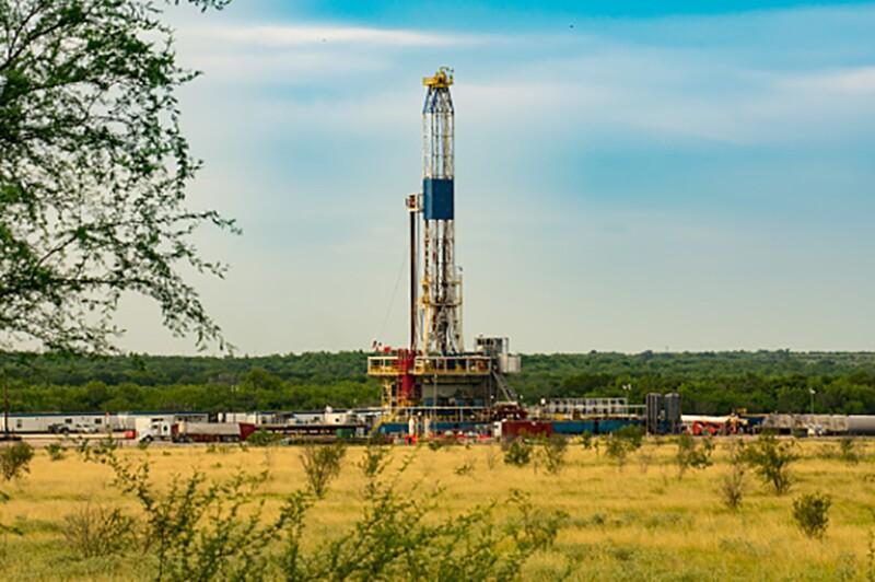 Fracking American Shale Well Eagle Ford Basin Oil