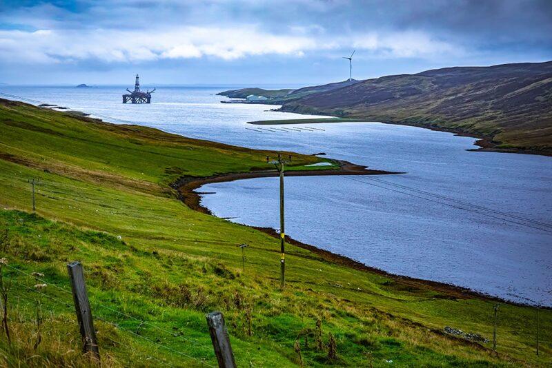 jpt-2019-08-improving-economics-ukcs-oil-gas.jpg