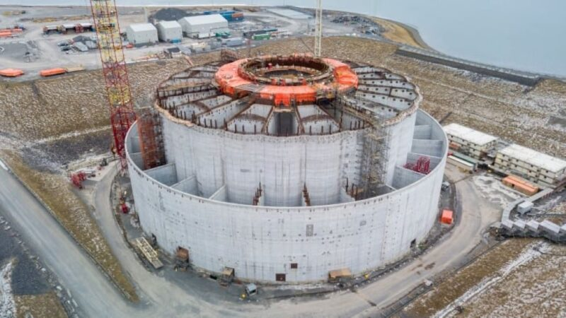 Construction on the concrete gravity structure for West White Rose at Argentia