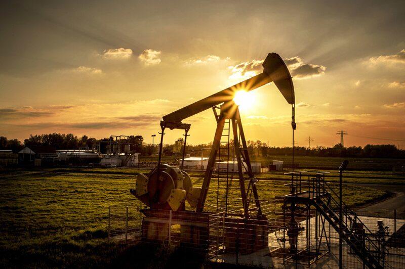 jpt-2018-02-drillingforecast-hero.jpg